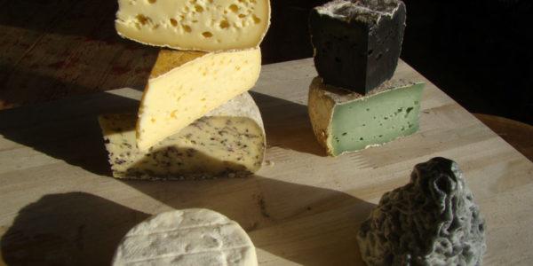 Dolmen de fromages bretons